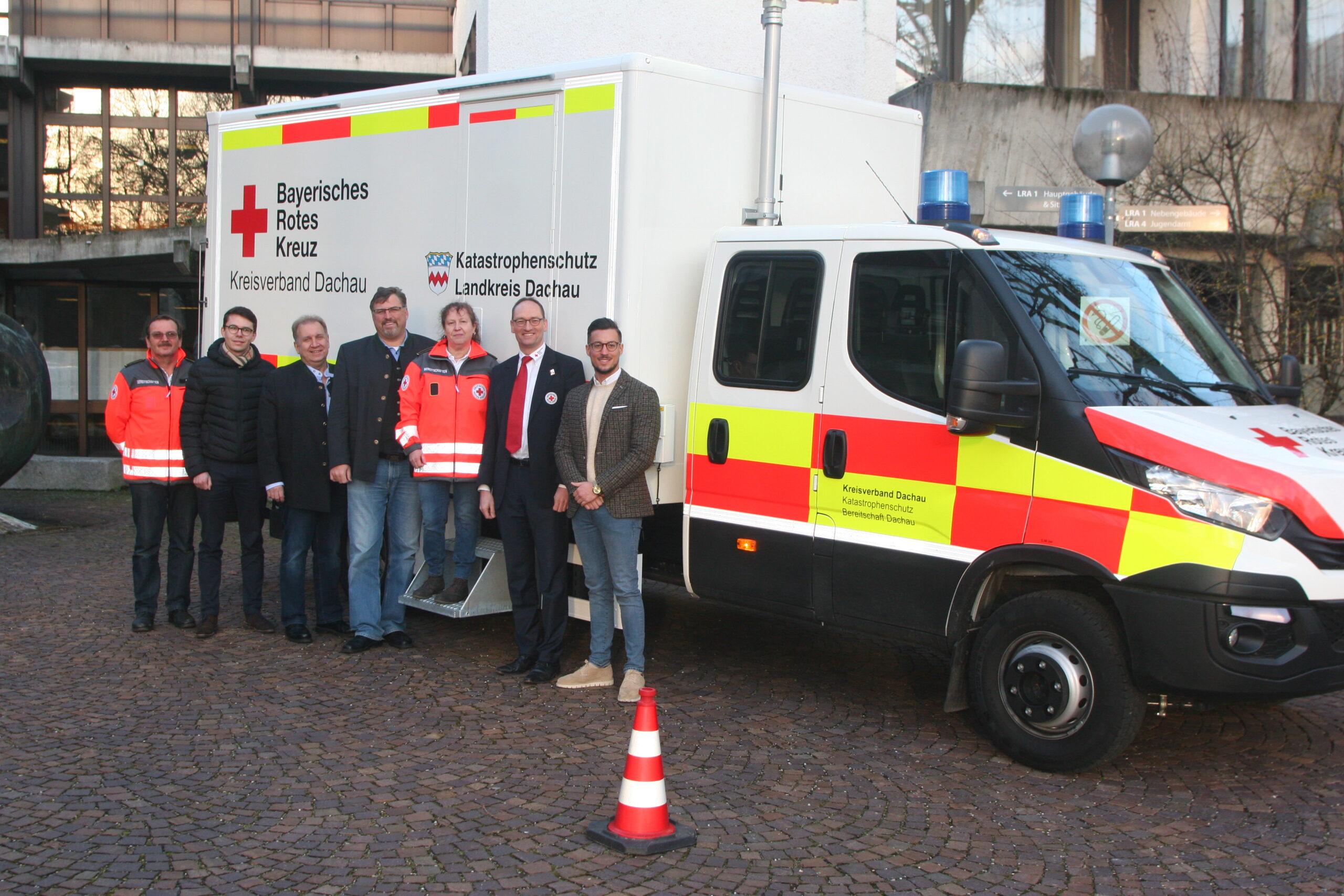 Foto (von li nach re): Erwin Jocham, Dennis Behrendt, Franz Bründler, Stefan Löwl, Birgitta Huber, Bernhard Seidenath und Maximilian Mayer.
